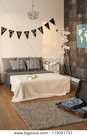 Cosy Traveler Bedroom