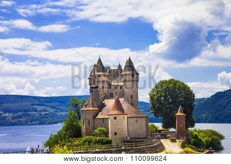 beautifu medieval castles of France - Chateau de val