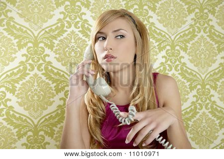 Retro Telephone Woman Vintage Wallpaper