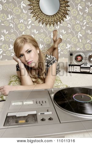 Audiophile Retro Woman Vinyl Turntable Music