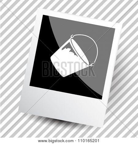 bucket. Photoframe. Raster icon.