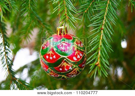 New Year, Christmas, winter, snow, holiday, toy, Christmas toy, fir, branch, pine needles, Christmas tree, Christmas toy, decoration