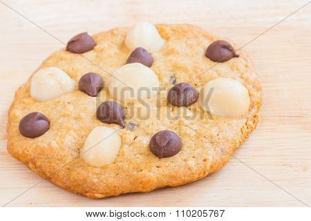 Homemade Cookies, Macadamia and Chocolate Chip on Wooden background