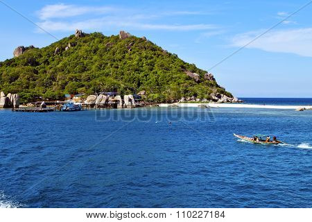 House Boat In Thailand  And South