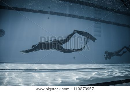 Dynamic With Fins (dyn) Performance From Underwater
