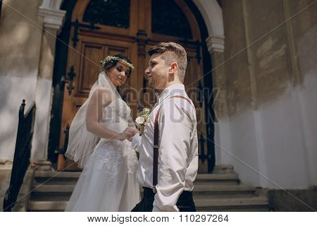 wedding church couple