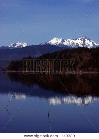 Montanha refletida