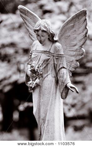 Ángel alado