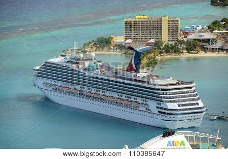 Cruise Ship Carnival Victory in Jamaica
