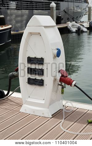 Power Supply For Boat Charging.