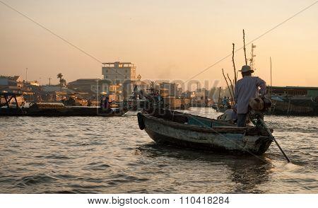 Can Tho Floating Market Sunrise