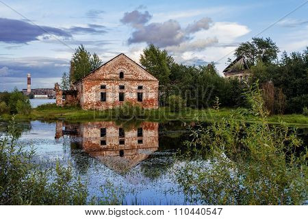 house with reflection