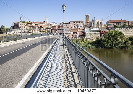 stone bridge over Duero river - Tordesillas city, Valladolid, Spain