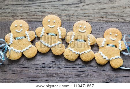 Gingerbread Men Garland