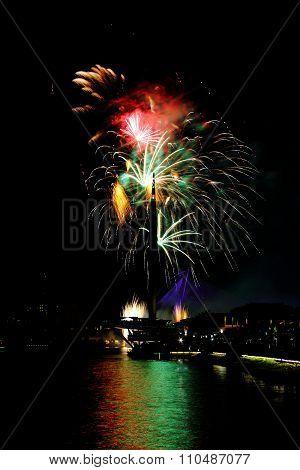 Firework at Putrajaya Monument