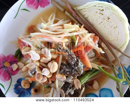 spicy salad with crab