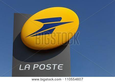 La poste logo in France