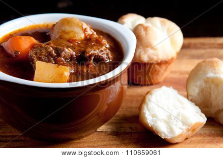 Lamb Stew With Cloverleaf Buns