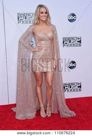 LOS ANGELES - NOV 22:  Carrie Underwood arrives to the American Music Awards 2015  on November 22, 2015 in Los Angeles, CA.