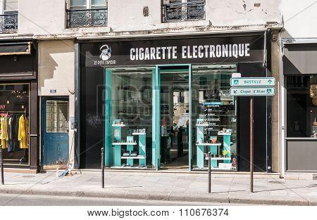 Electronic Cigarette Shop, Paris, France