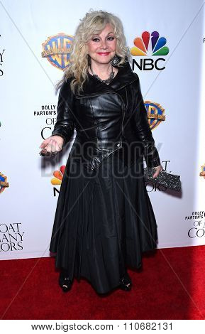 LOS ANGELES - DEC 02:  Stella Parton arrives to the
