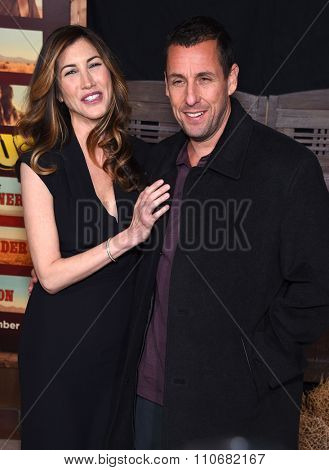 LOS ANGELES - NOV 30:  Adam Sandler & Jackie Sandler arrives to the