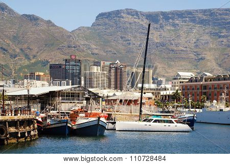 Victoria And Alfred Waterfront, Skyscrapers And Table Mountain, Cape Town, South Africa