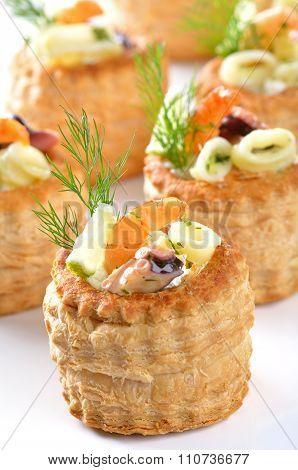 Stuffed puff pastry shells