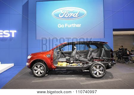 Bangkok - December 1: Cross Section Of Ford Everest Car On Display At The Motor Expo 2015 On Decembe
