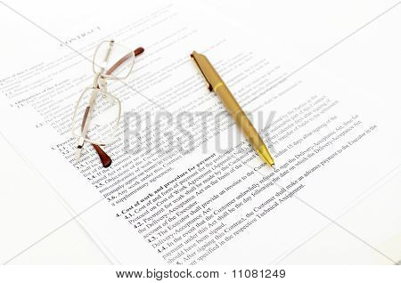 Contract with glasses