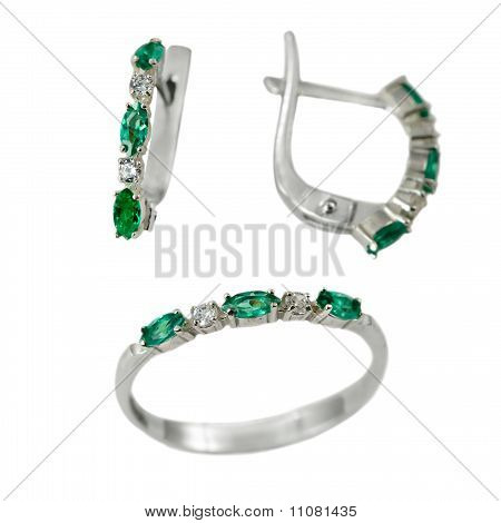 Set Of Jewelry With Emerald