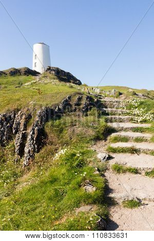 Steps To Lighthouse