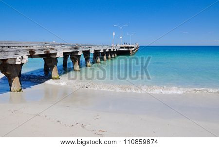 Coogee Beach Jetty Perspective: Indian Ocean