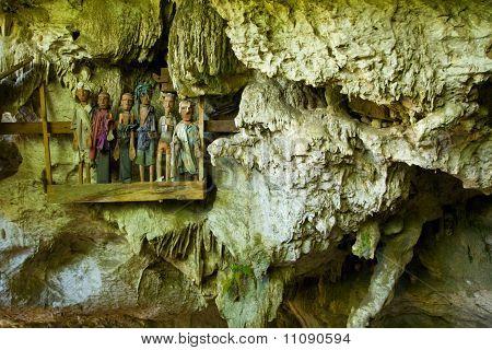Wooden Effigies Burial Cave Skulls