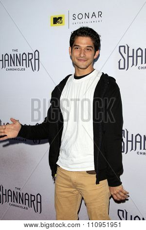 LOS ANGELES - DEC 4:  Tyler Posey at the he Shannara Chronicles at the iPic Theaters on December 4, 2015 in Los Angeles, CA