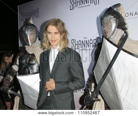 LOS ANGELES - DEC 4:  Austin Butler at the he Shannara Chronicles at the iPic Theaters on December 4, 2015 in Los Angeles, CA