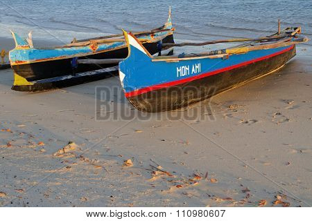 Belo, Madagascar, November 24, 2015 : Traditional Fisherman Pirogue On The Beach. The Outrigger Cano