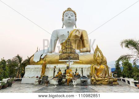 Sitting Buddha Buddha Statue At Wat Phrathat Doi Kham.