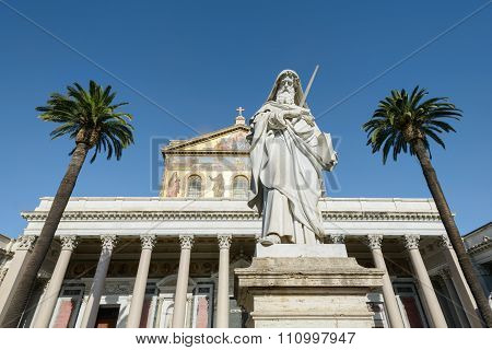 Statue In Saint Paul