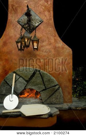 Heating The Pizza Oven