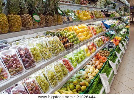 Sale of fruit