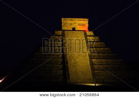 Mayan Pyramid In Chitchen Itza