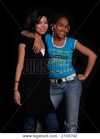 2 Beautiful Girls