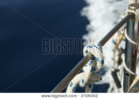 Image of Figure eight knot on boat