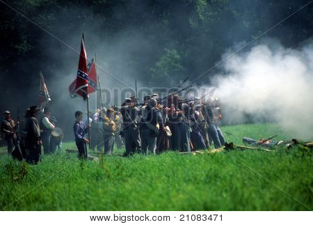 Confederates Volley Fire On Advancing Union Soldiers