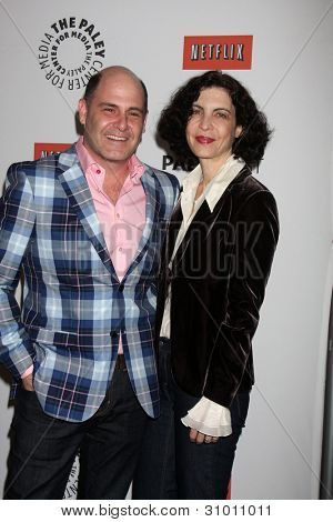 LOS ANGELES - MAR 13:  Matthew Weiner; Linda Brettler arrives at the