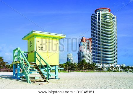 South Beach Live and Play