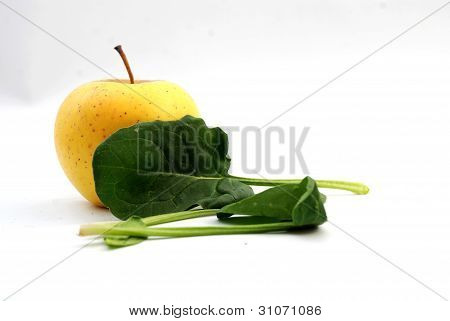 apple and spinach