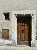 pic of poitiers  - Old medival doorway with carved lintel in Poitiers - JPG