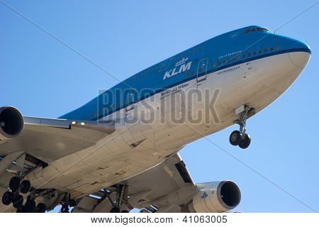 LOS ANGELES, CA - OCTOBER 23: A KLM 747 lands at Los Angeles International Airport (LAX) in Los Angeles, CA on October 23, 2012. KLM is the flag airline of The Netherlands.